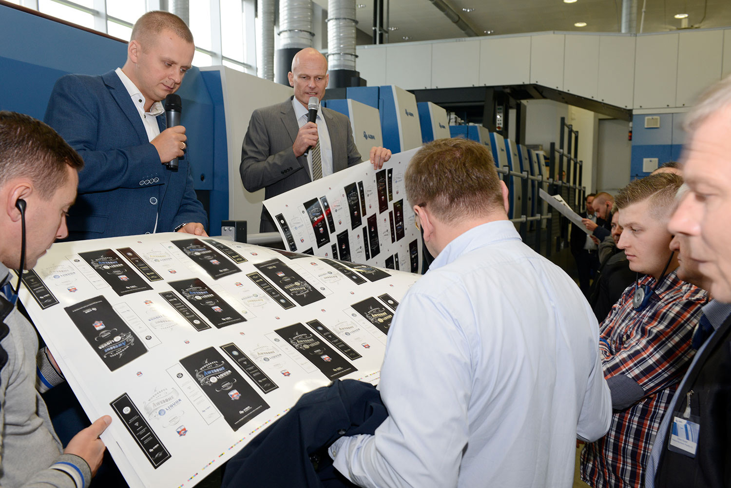 a-high-quality-packaging-product-was-printed-and-finished-during-a-live-demonstration-of-the-rapida-105-pro